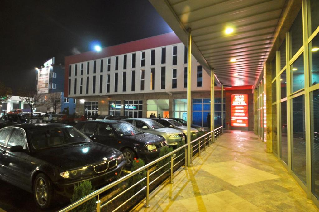 BM International Hotel room 2