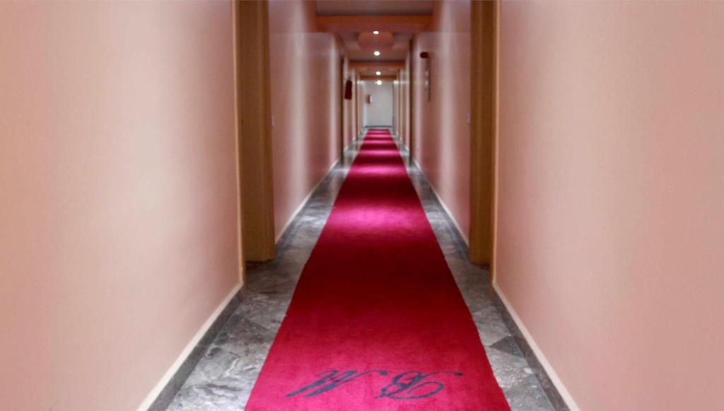 BM International Hotel room 5