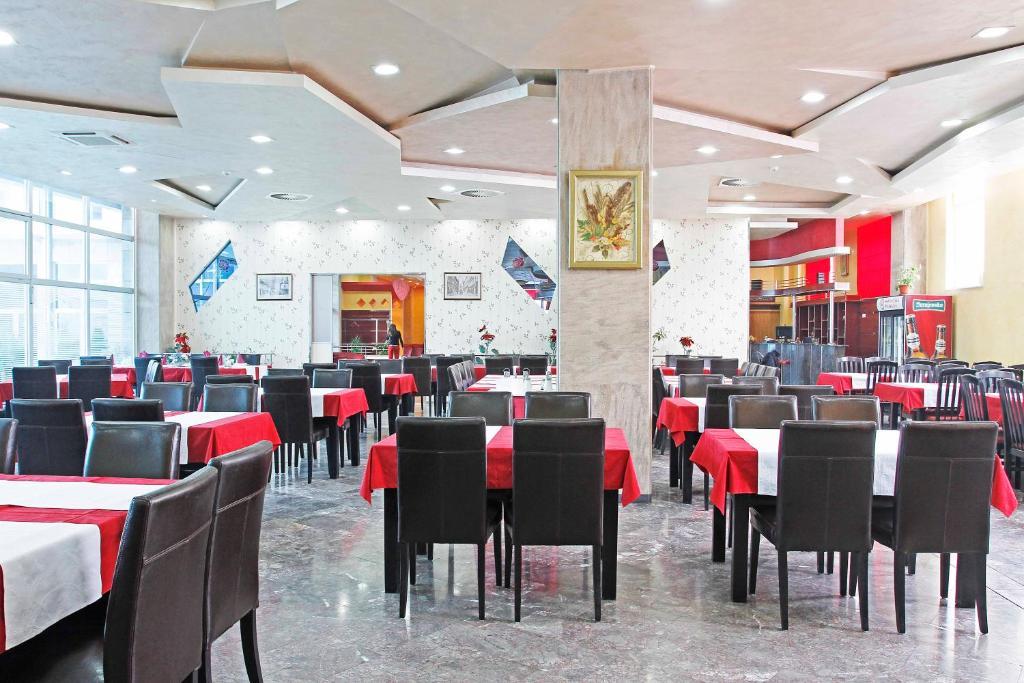BM International Hotel room 6