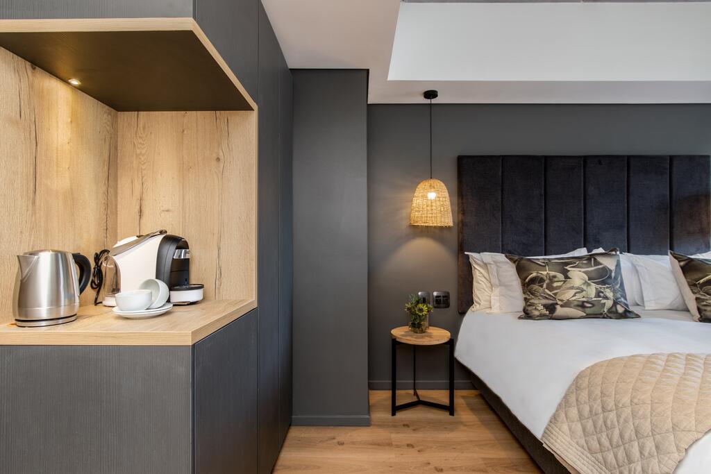 Kloof Street Hotel room 4