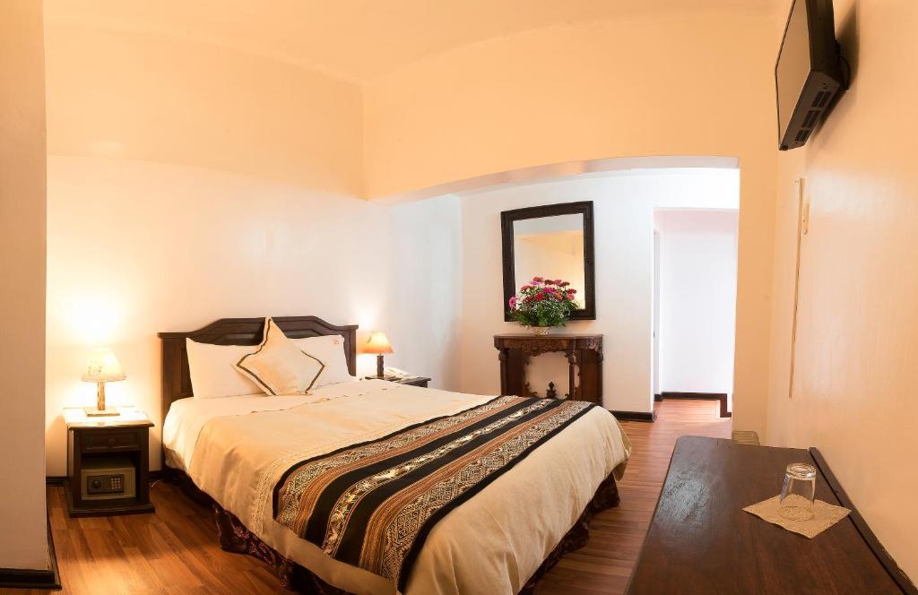 Loreto Hotel Boutique room 1